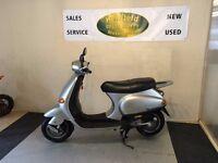 Piaggio ET50 Scooter