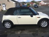 Mini Convertible, Full service been done and 12 month MOT, Sound Little car,