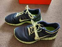 Nike free run 3 trainer (UK 6)