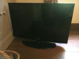 Samsung 37in TV with stand