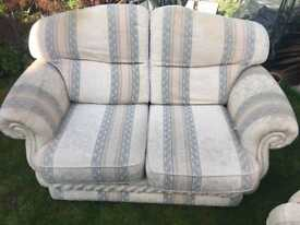 Matching 2/3 seater settee