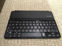 Logitec Ultra Thin iPad Keyboard Cover