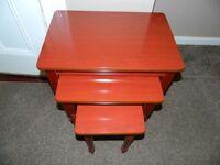 Nest Of 3 Tables Mahogany/Coffee Tables/Side Tables