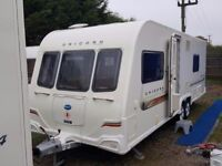 SUPERB 2011 Bailey Unicorn Barcelona Fixed Bed Twin Axle End Washroon Caravan with Alu Tech Body