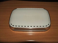 Netgear Router - Network Switch - 4 Ports (Wired)