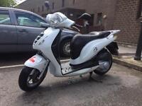 Honda ps sh 125 (2011)