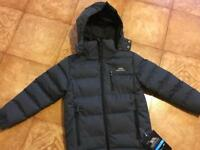 BRAND NEW Trespass kids coat with labels. Detachable hood Age 3-4