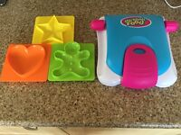 Fabtastic funky sandwich maker - cuts sandwich to different shapes