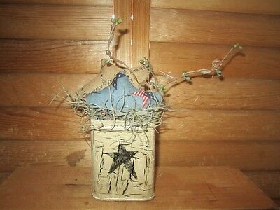 Beige Crackle Finish - Primitive Americana gathering - stars - crackle finish tin - 11b
