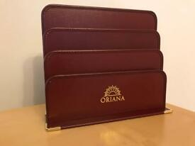 Menu / Document holders with ORIANA emblem