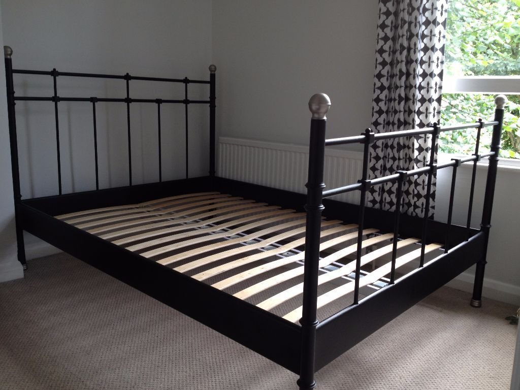 ikea svelvik bed frame excellent condition standard double collection only 70 in. Black Bedroom Furniture Sets. Home Design Ideas