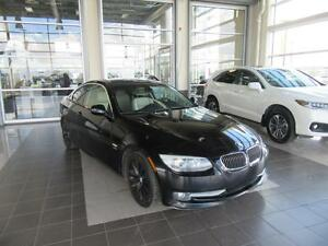 2011 BMW 328i xDrive NAVIGATION, 230 HORSEPWER, HEATED LEATEH...
