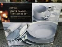Tableware set x 2
