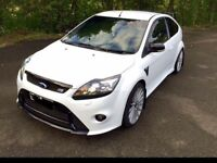 FORD FOCUS RS white 2010