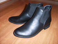 Size 5-6 Ankle Boots NEW