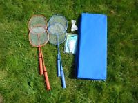 Childs Badminton racquet set + shuttlecocks