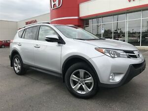 2015 Toyota RAV4 XLE| LOW LOW KMS| ONE OWNER| ACCIDENT FREE|