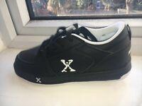 Black Heelys size 5