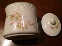 Vintage Marks and Spencer Kitchen/bathroom container