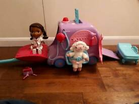 Talking Doc McStuffins and Lamby with Docmobile
