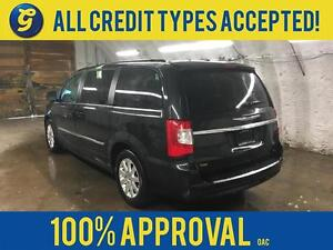 2015 Chrysler Town and Country Dual DVD/Blu-ray Entertainment*2n Kitchener / Waterloo Kitchener Area image 3