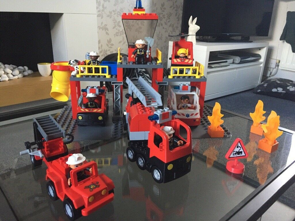 Lego Duplo Fire Station And Ambulance In Grange Park Wiltshire