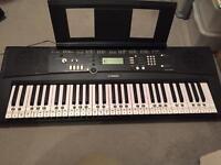 Yamaha Keyboard EZ220 - hardly used