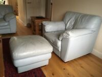 ITALIAN LEATHER TWO SEATER SOFA AND MATCHING CHAIRS IN EXCELLENT CONDITION FREE LOCAL DELIVERY