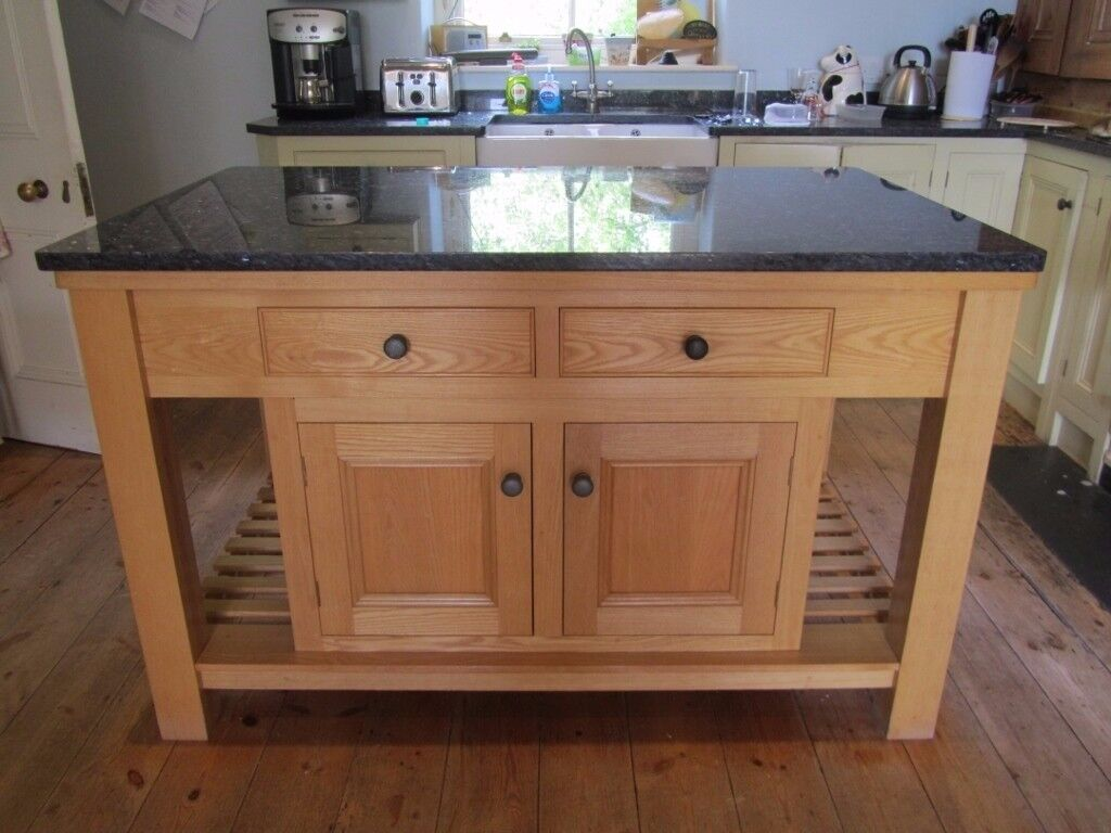 Granite topped kitchen island unit in yelverton devon for Marble topped kitchen island