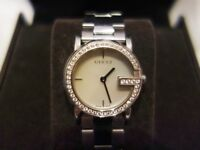 VINTAGE Swiss Ladies GUCCI Diamond Bezel, Mother of Pearl Dial, Stainless Steel Watch -- Model 101 L