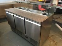 CATERING COMMERCIAL KITCHEN 3 DOOR BENCH TOPPING FRIDGE CAFE RESTAURANT PIZZA KEBAB CHICKEN KITCHEN