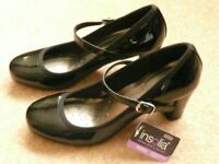 Ladies Black Patent Heeled Shoes