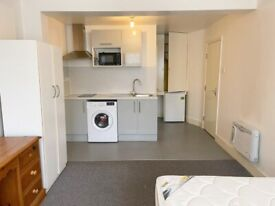 Self-Contained Studio Flats to Rent, Hackney E5