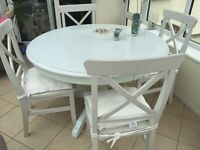 Dining table round pedestal white
