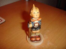 Hummel-----Little Hiker