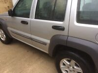 Jeep Cherokee ( genuine low mileage)