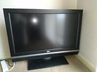 TV 37''+DVD with USB