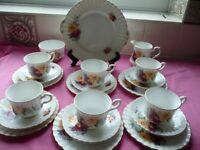 Royal Standard 21 Piece Bone China Tea Set
