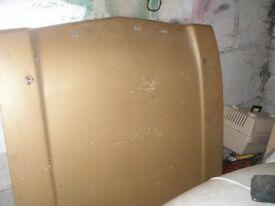 ford capri mk1 bonet, rear seat and centre console.ma