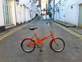 SUPER CUTE vintage small bike. Big kids or small adults.