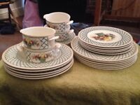 Villeroy & Boch Plates and Bowls