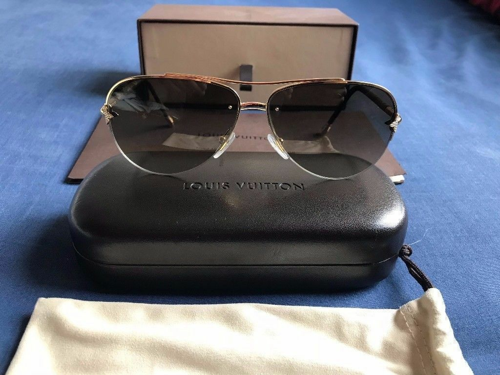 d6b4b9684e0 Genuine Louis Vuitton Petite Viola Pilote Sunglasses