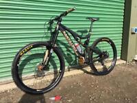 Santa Cruz bronson carbon large mountain enduro bike