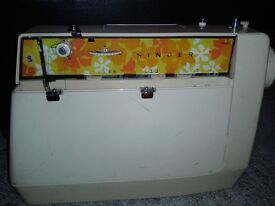 SINGER STARLET 353 SEWING MACHINE 1970'S ORINAL CONDITION £60