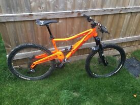 2014 orange five 650b. Large frame. Optional extras on it, great condition for its year.