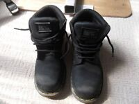 USED MENS DOC MARTINS INDUSTRAIL BOOTS SIZE 8 UK