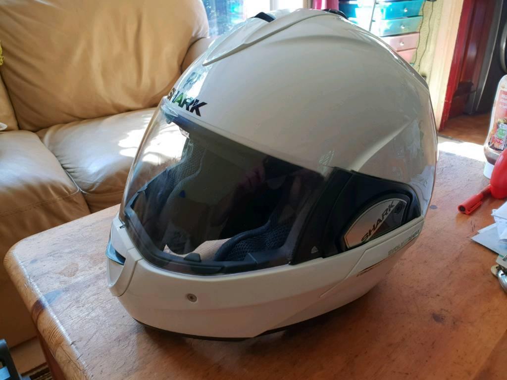 Shark Evoline Series 3 Flip up helmet with flip down sun visor  7bc674a51d5