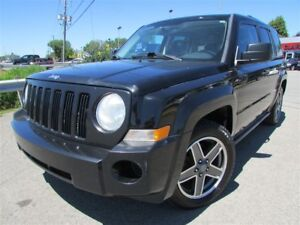 2009 Jeep Patriot North AWD A/C CRUISE TOIT OUVRANT!!!