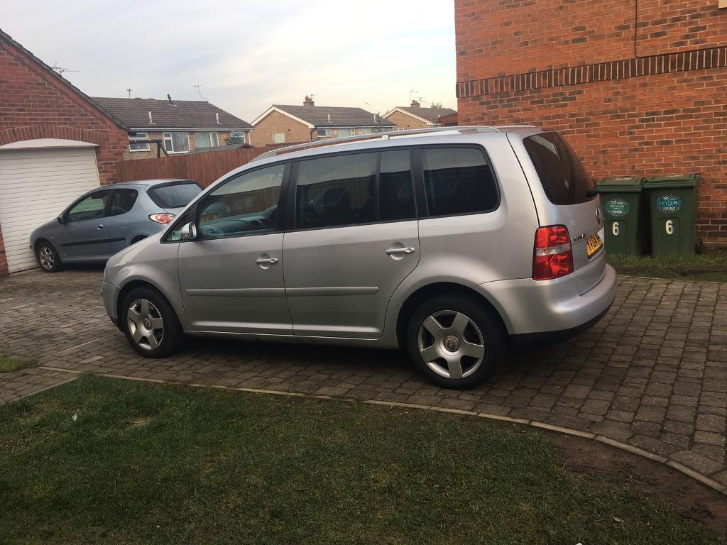 vw touran 2 0 tdi sport in loughborough leicestershire