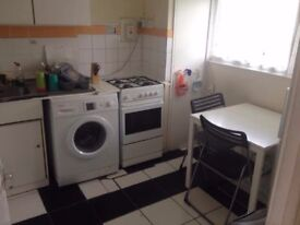 GREAT TWIN ROOM IN ALL SAINTS